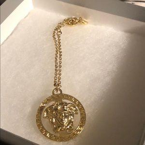 Versace authentic medusa gold bracelet (vintage)